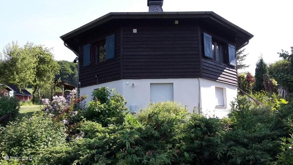 villa rund um hause urlaub villenauerland in diemelsee sauerland deutschland mieten micazu. Black Bedroom Furniture Sets. Home Design Ideas