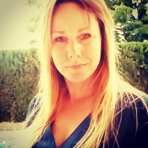 Debby Van Heuven