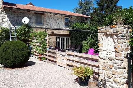 Vacation rental France, Allier, Sainte-Thérence  gîte / cottage Gite Bo