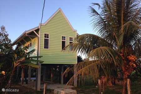 Vakantiehuis Suriname – vakantiehuis 'Moi Misi' vakantiehuisje Commewijne