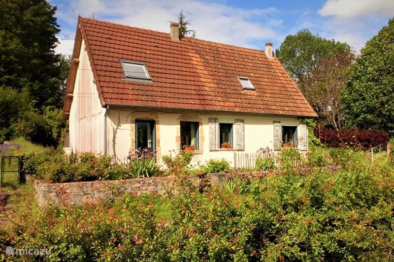 Vakantiehuis Frankrijk, Nièvre, Saint-Franchy Vakantiehuis Vakantiehuis Saint-Franchy La Montée