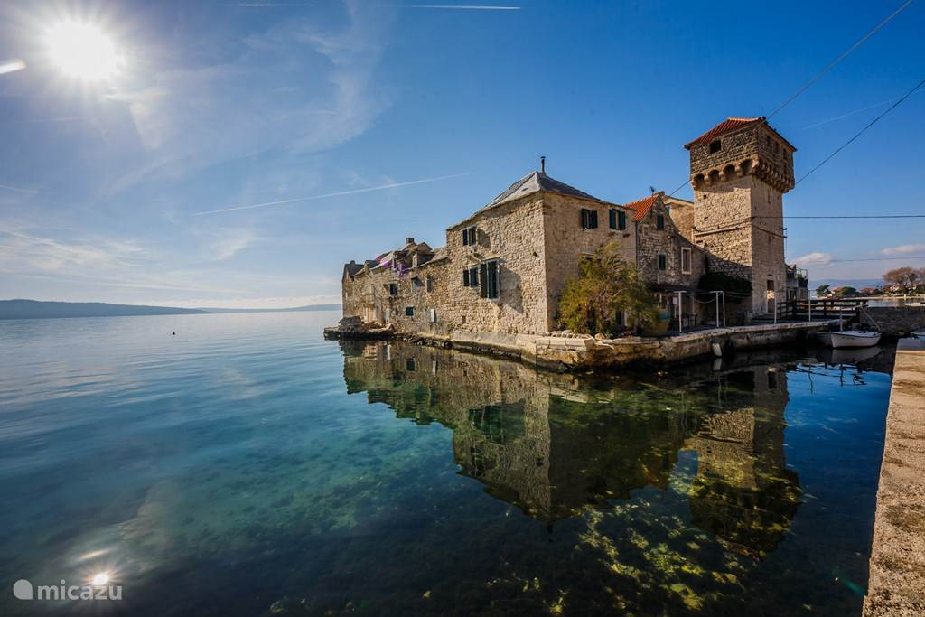 Vacation rental Croatia, Dalmatia, Kaštel Gomilica Manor / Castle Kastilac