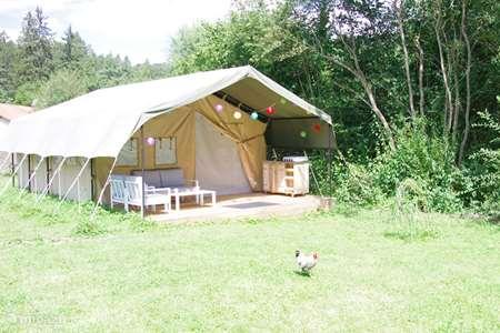 Vacation rental France, Puy-de-Dôme, Châteauneuf-les-Bains glamping / safari tent / yurt Villa Guillaumette