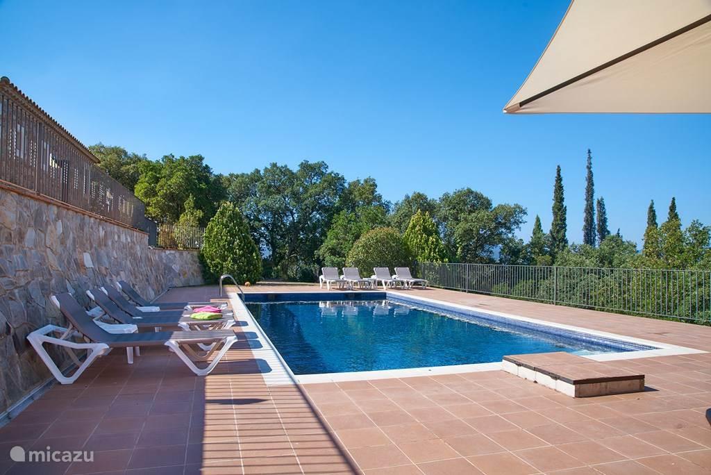 Vakantiehuis Spanje, Costa Brava, Santa Cristina d'Aro Landhuis / Kasteel Top of the World