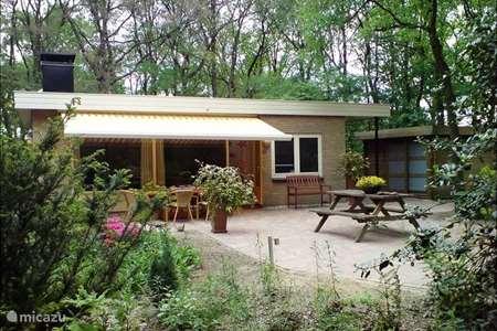 Vakantiehuis Nederland, Drenthe, Wateren bungalow Vakantiehuis De Eik