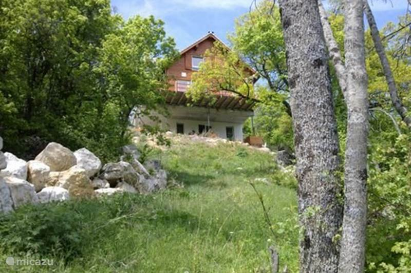 Vacation rental France, Haute Alpes, Manteyer Chalet Arbre des Roses