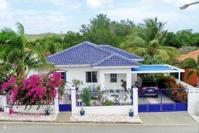 Vacation rental Curaçao, Curacao-Middle, Willemstad Holiday house Adelisia Complete House for Rent