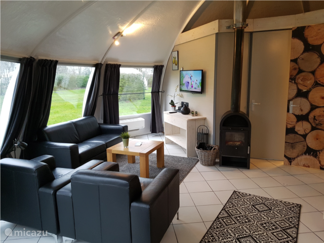 Badkamers Noord Brabant : Iglo bungalow in chaam noord brabant huren micazu