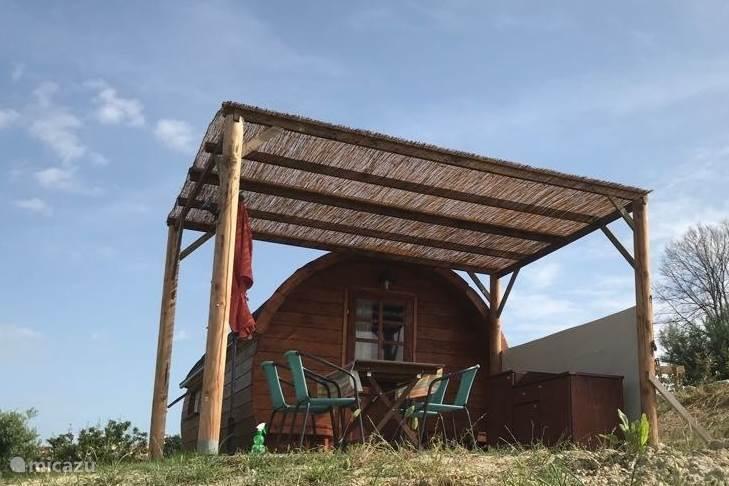 Vakantiehuis Italië, Abruzzen, Cologna Paese Glamping / Safaritent / Yurt Casa Cologna wijnvat Trebbiano