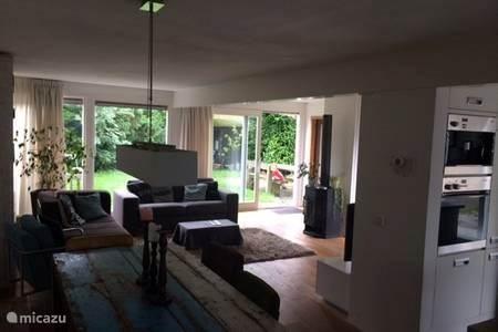 Vakantiehuis Nederland, Noord-Holland, Almere Geschakelde woning Familiehuis vlakbij Amsterdam