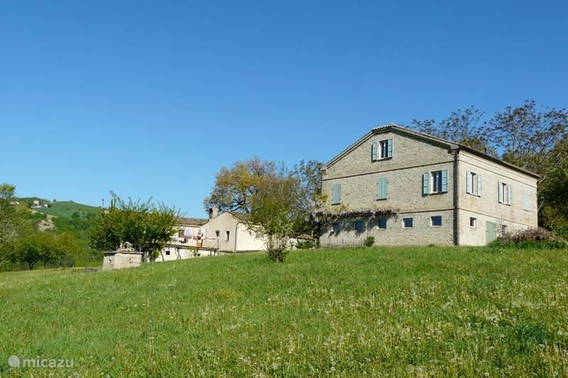 Vakantiehuis Italië, Marche, Monte San Martino Vakantiehuis Casa Crocetti / Monti Sibillini