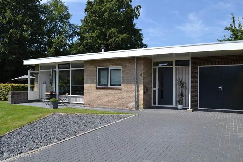 Vakantiehuis Nederland, Drenthe, Diever Bungalow Luxe bungalow in centrum Diever
