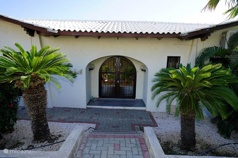 Vacation rental Curaçao, Curacao-Middle, Toni Kunchi Bed & Breakfast Bed & Breakfast Toni Kunchi Deluxe