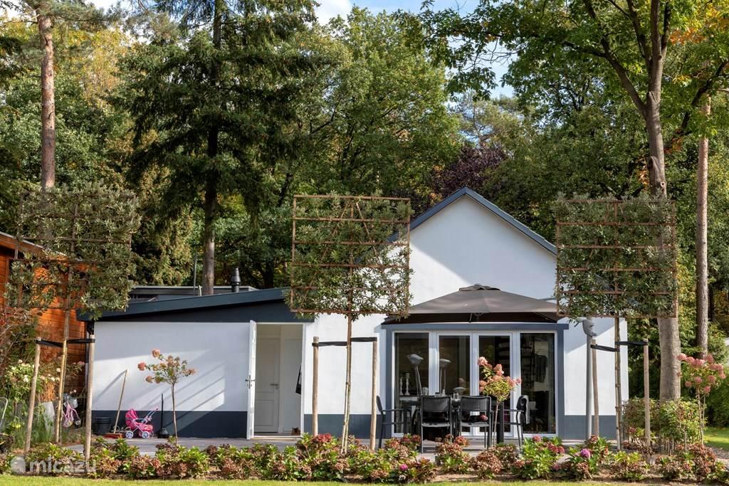 Vakantiehuis Nederland, Gelderland, Beekbergen Geschakelde woning Vrijstaand vakantiehuis