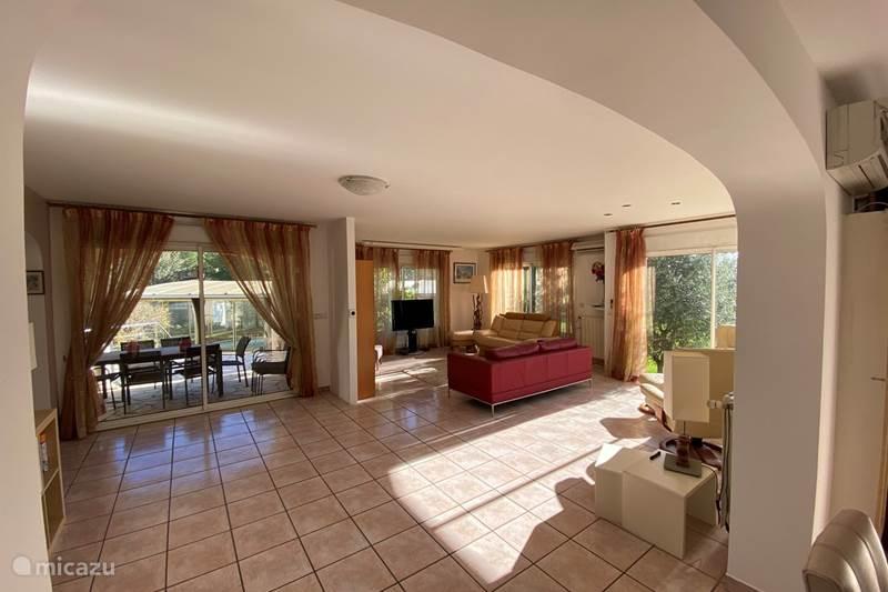 Vacation rental France, Hérault, Agde Villa La Chevestrière