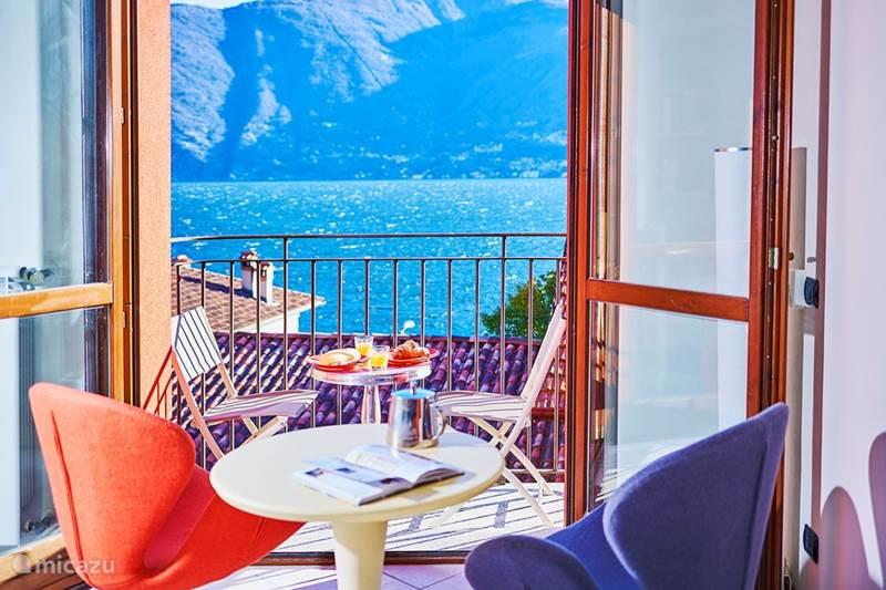 Vakantiehuis Italië, Comomeer, Acquaseria Studio Romantic Lakeview Apartment. Beach