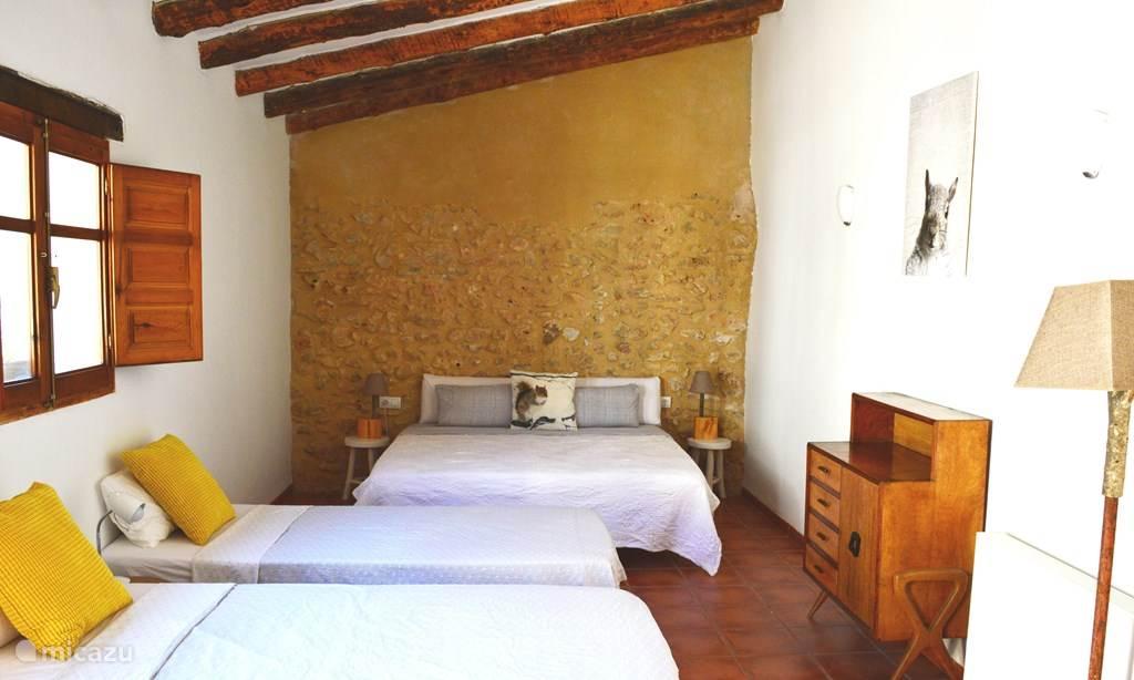 Vakantiehuis Spanje, Valencia, Enguera bed & breakfast 4-persoons B&B kamer