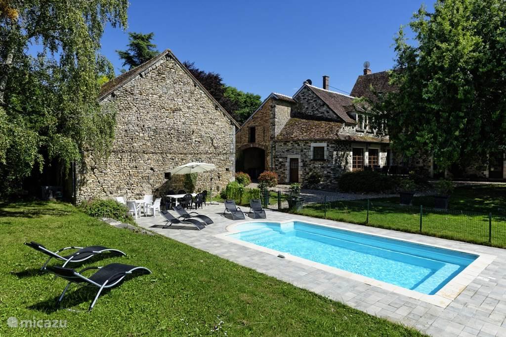 Vakantiehuis Frankrijk, Yonne, Treigny Vakantiehuis Le Tribunal