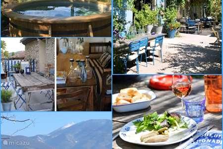 Vacation rental France, Vaucluse, Crestet  gîte / cottage Gite La Fleur Bleue