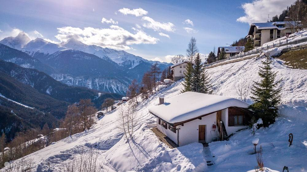 Vacation rental Switzerland – chalet Casa Catharina