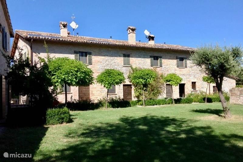 Vakantiehuis Italië, Marche, Sant'Angelo in Vado Vakantiehuis Ca'Salvatore, Ca'Salvia