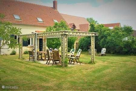 Vacation rental France, Allier, Saint-Bonnet-Tronçais holiday house Maison des Cerises / Les Bergeries