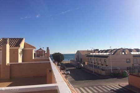 Vakantiehuis Spanje, Costa Blanca, Torrevieja - vakantiehuis Huis met dakterras en zeezicht