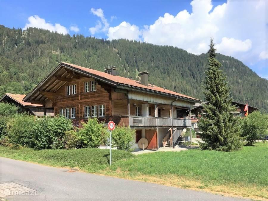 Vakantiehuis Zwitserland, Berner Oberland, Sankt Stephan appartement Ferienwohnung Simmental