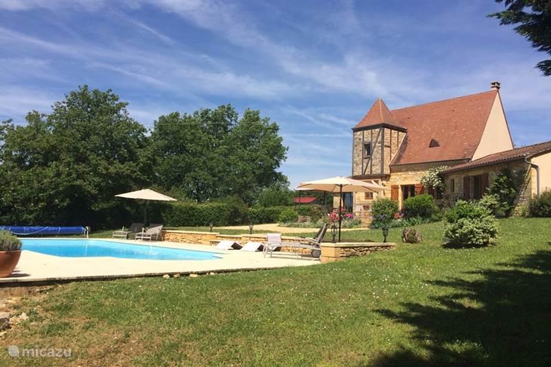 Vakantiehuis Frankrijk, Dordogne, Saint-Pompon  Vakantiehuis Le Coquelicot - met verwarmd zwembad