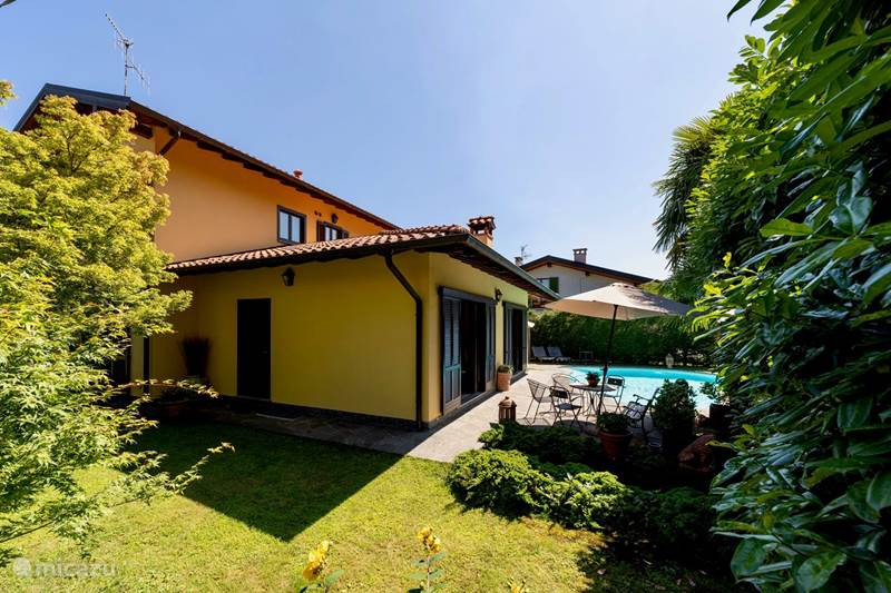 Vakantiehuis Italië, Lago Maggiore, Verbania Intra Villa Casa Jetty