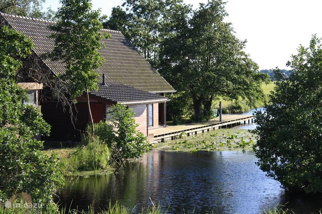 Vakantiehuis Nederland, Zuid-Holland, Reeuwijk Vakantiehuis Vakantie-villa (9P+) aan privé-meer