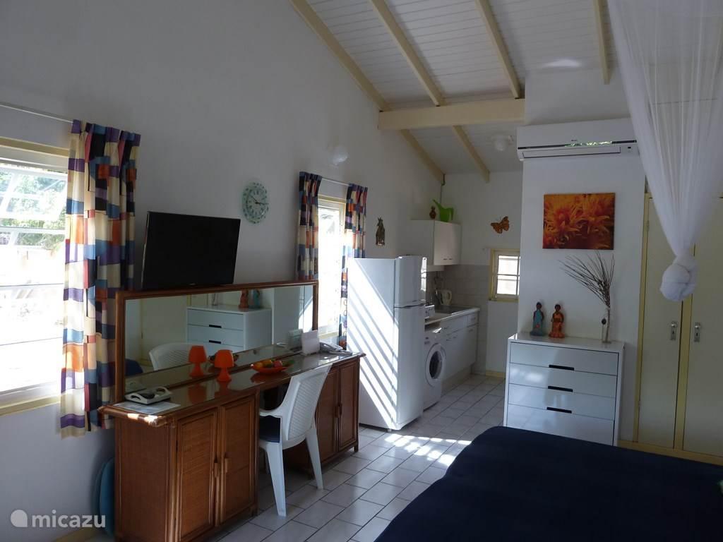 Vacation rental Curaçao, Curacao-Middle, Koraal Partier Studio Studio WaraWara