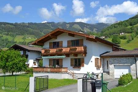 Vacation rental Austria, Salzburgerland, Walchen (municipality Piesendorf) holiday house Chalet Hochsonnberg