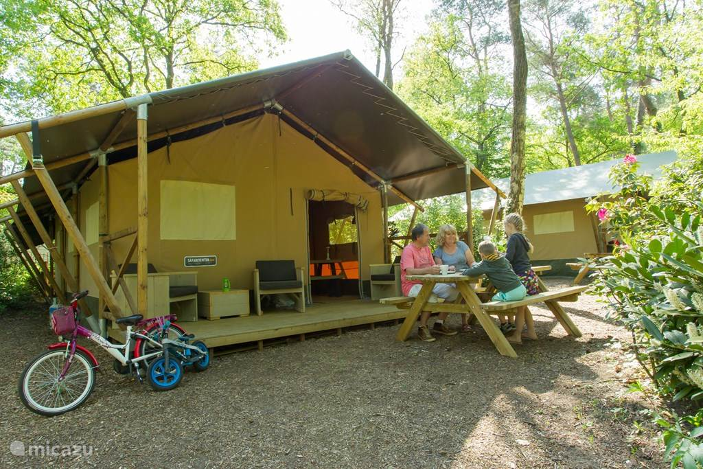 Vacation rental Netherlands, Gelderland, Nunspeet glamping / safari tent / yurt Safari tent Nunspeet