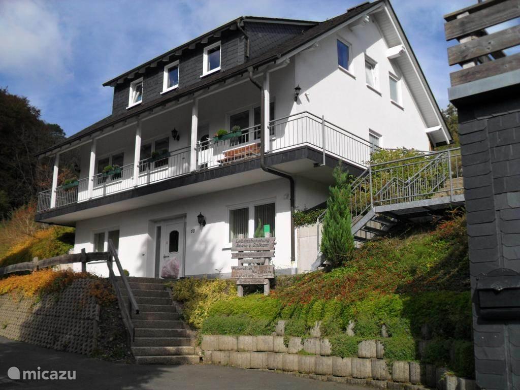 Vakantiehuis Duitsland, Sauerland, Schmallenberg appartement Ferienwohnung van Balkom FeWo 1