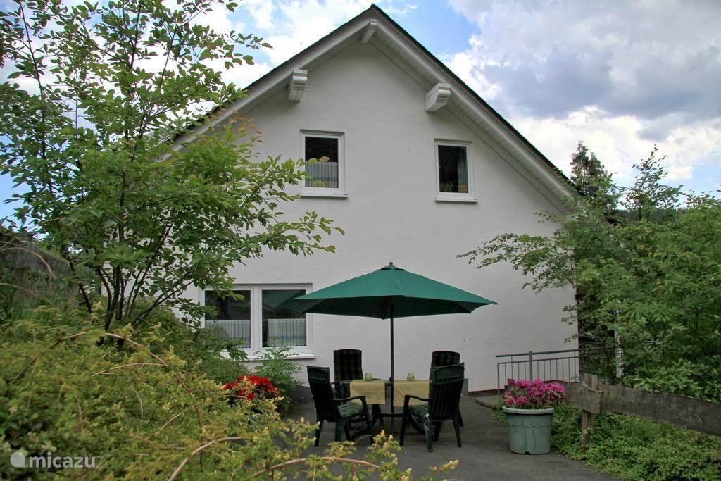 Vakantiehuis Duitsland, Sauerland, Schmallenberg Appartement Ferienwohnung van Balkom FeWo 2
