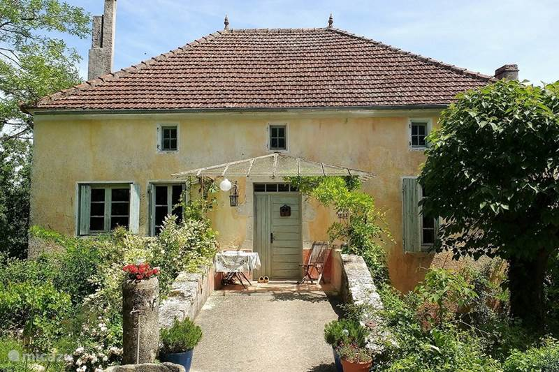 Vacation rental France, Tarn-et-Garonne, Saint-Beauzeil Holiday house Le Luquet, La Maison de Maître