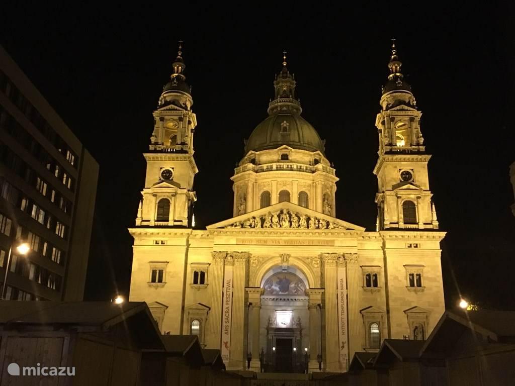 Boedapest in avondpracht