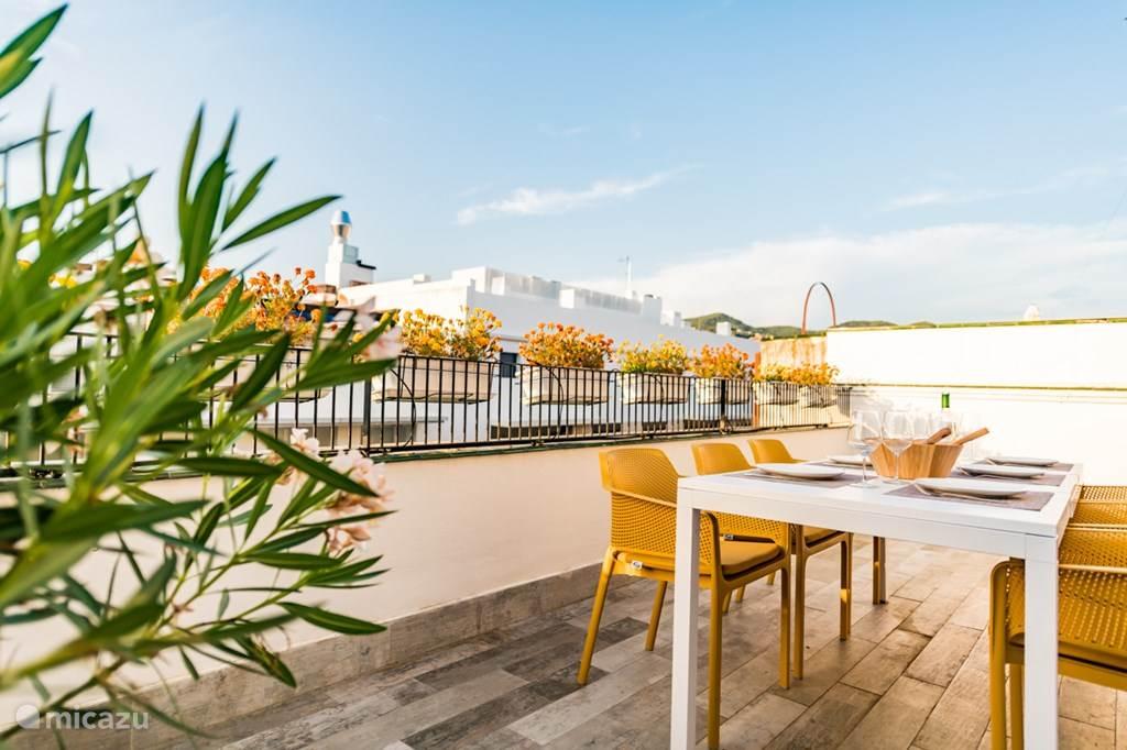 Vakantiehuis Spanje, Costa Dorada, Sitges penthouse Urban Beach Penthouse