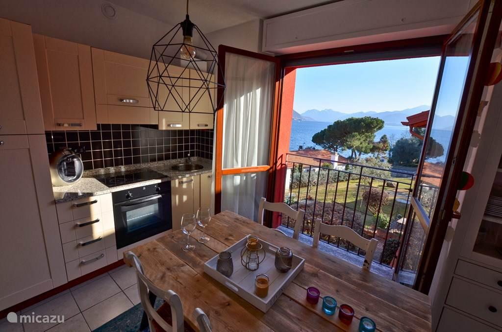 Vakantiehuis Italië, Comomeer, San Siro Appartement Camelia 26
