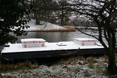 Alkmaarse Bootjes Verhuur, bekijk Alkmaar vanuit het water