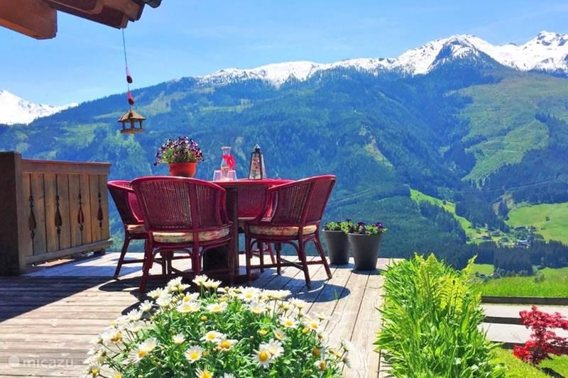 Vakantiehuis Oostenrijk, Salzburgerland, Bramberg am Wildkogel Chalet Luxe Chalet Brammetje Oostenrijk