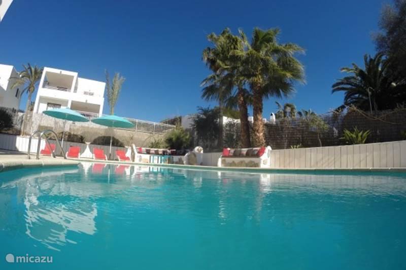 Vakantiehuis Spanje, Mallorca, Cala d`Or Appartement Appartement met zwembad aan strand