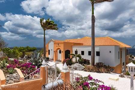 Vakantiehuis Curaçao, Banda Abou (west), Coral Estate, Rif St.Marie villa Villa Trupial