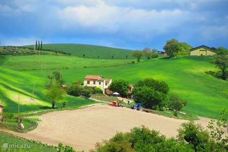 Vakantiehuis Italië, Marche, San Lorenzo In Campo - appartement Casa dei sogni d'oro - App Nidastore