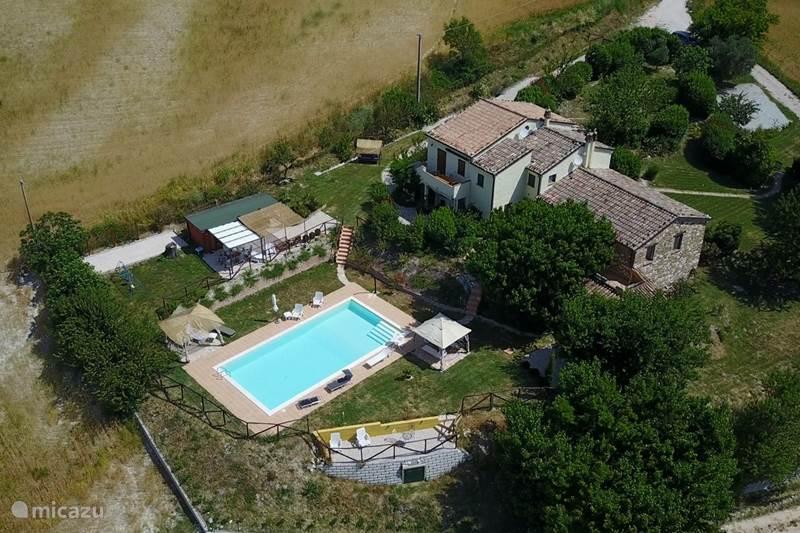 Vakantiehuis Italië, Marche, Arcevia Appartement Casa dei sogni d'oro - App Nidastore