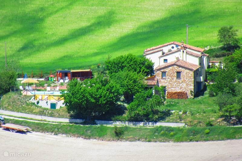 Vakantiehuis Italië, Marche, Arcevia Appartement Casa dei sogni d'oro-app. Loretello