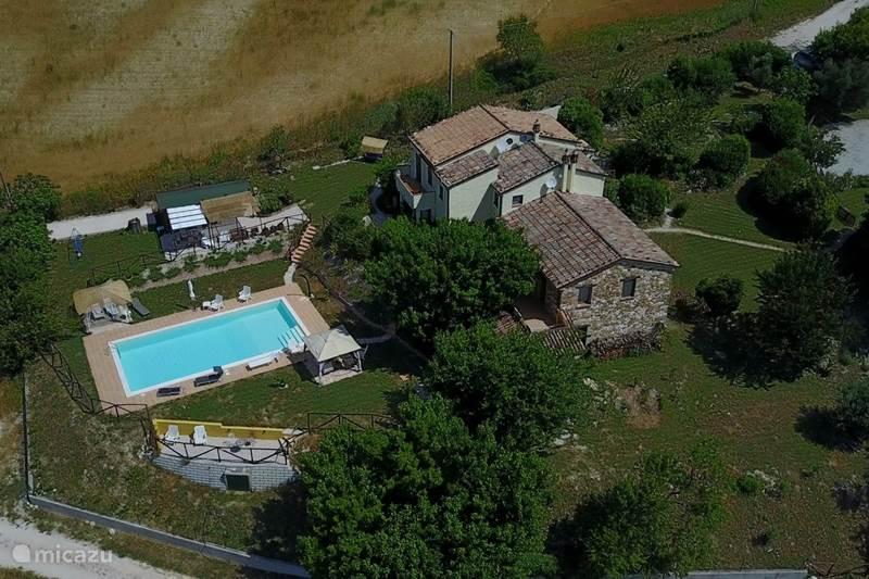 Vakantiehuis Italië, Marche, Arcevia Appartement Casa dei sogni d'oro-app. Palazzo