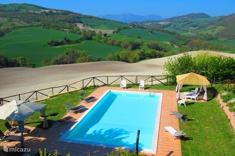 Vakantiehuis Italië, Marche, Arcevia Appartement Casa dei sogni d'oro-app San Pietro