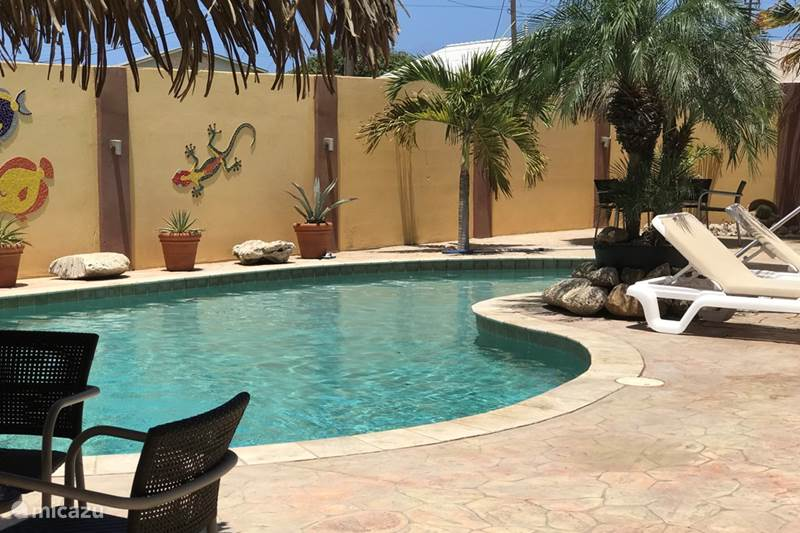 Vacation rental Aruba, North, Tanki Leendert Apartment Happy days